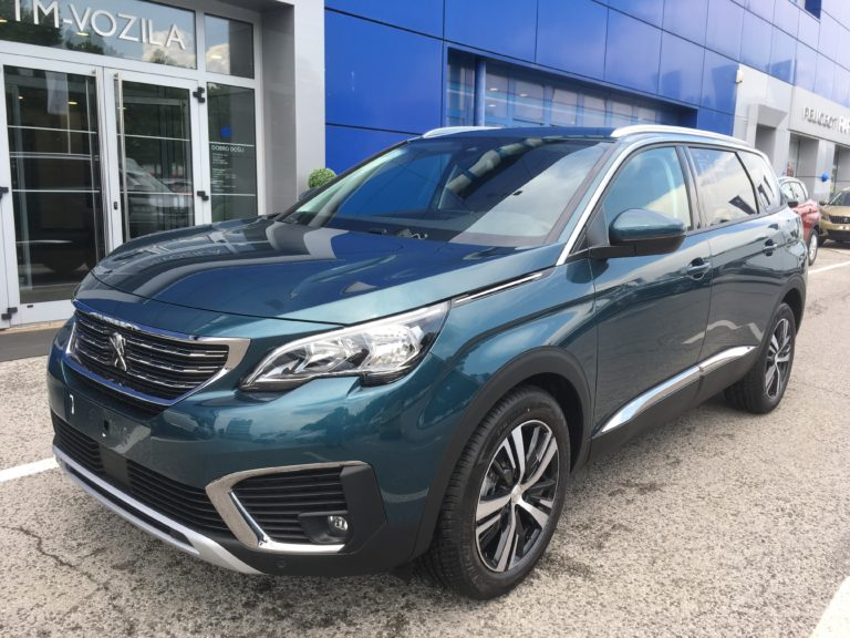 PEUGEOT 5008 ALLURE 1.6 BLUEHDI 130 EAT8-AUTOMATIC